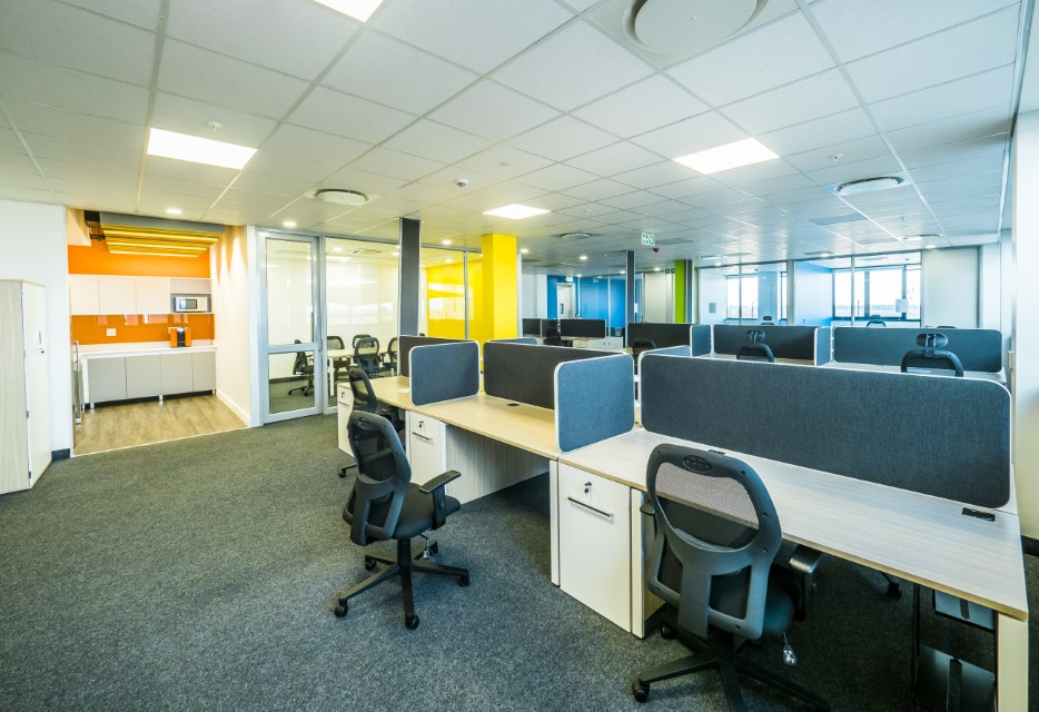 Plae Interiors Bosch office cubicle