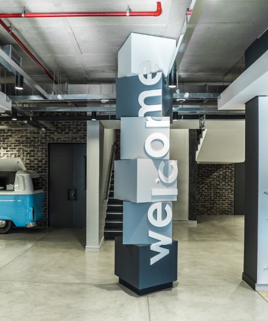 Plae Interiors Zimmer Biomet Welcome Sign